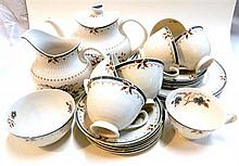 A Royal Doulton 'Old Colony' part dinner set