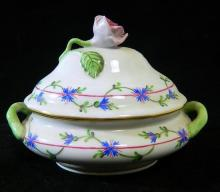 A Herend porcelain hand-decorated trinket box with rose finial