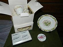 A small quantity of assorted ceramic ware including trios