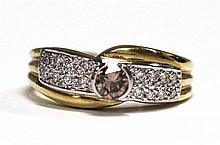An 18ct Yellow Gold Champagne and White Diamond Ring
