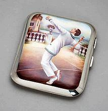 A fine quality continental silver & enamel cigarette case decorated with a
