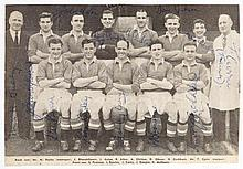 A signed magazine photograph of the Manchester United League Championship w