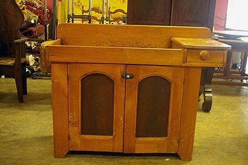 Early Southern Dry Sink