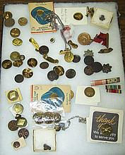 *GROUP OF MILITARY BUTTONS AND PINS