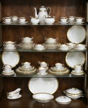 92 pc AYNSLEY FINE CHINA ARGOSY GILT RIM