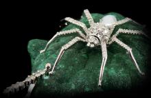 MALACHITE DIAMONDS & PEARL SPIDER PENDANT
