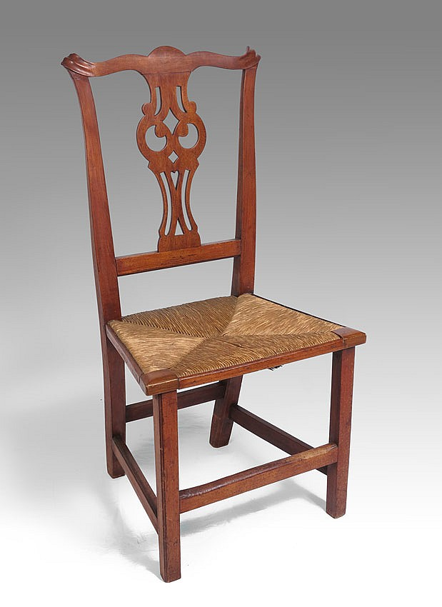 COUNTRY CHIPPENDALE SIDE CHAIR