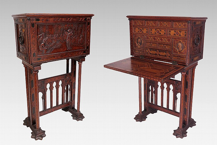 33: SPANISH INLAID VARGUENO DESK ON STAND