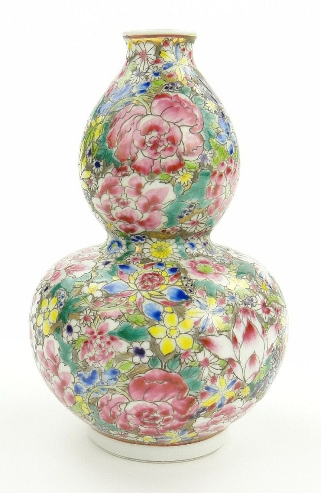 Chinese porcelain gourd vase with millefiore