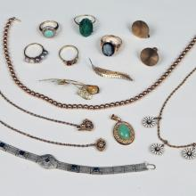 LOT OF LADIES GOLD JEWELRY