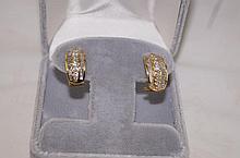 14kt y.g. diamond earrings - baguette & round cut