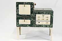 Magic Chef 1930's stove - marbleized green/ ivory