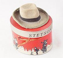 Stetson salesman sample box & hat