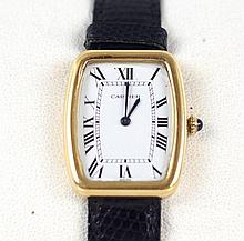 Men's 18kt Cartier Tank wrist watch