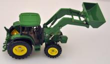 John Deere construction model 6210