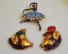 Vintage pins/jewelry monkeys
