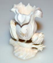 Ivory carving/lily detailed statue