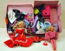 Barbie/clothes/case/vintage