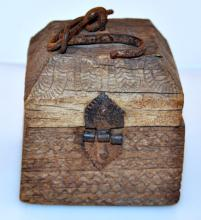 Balinese apothecary box 1875