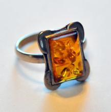 Sterling amber ring/Baltic