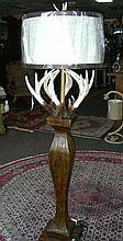 LARGE ANTLER MOTIF FLOOR LAMP