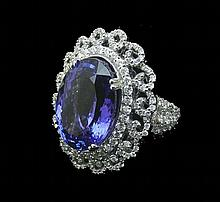 OUTSTANDING LADIES 18K WHITE GOLD, TANZANITE AND DIAMOND RING