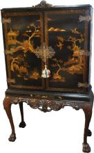 ELEGANT CHINOISERIE LACQUER WRITING CABINET DESK