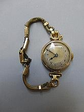 A 9ct gold ladies wristwatch.