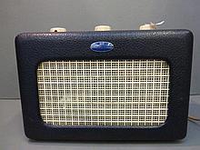 A 1950s Roberts radio.
