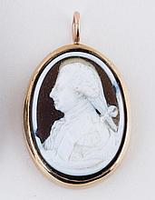 A late 18th Century hardstone cameo portrait of a gentleman (possibly George III) in profile, in a y