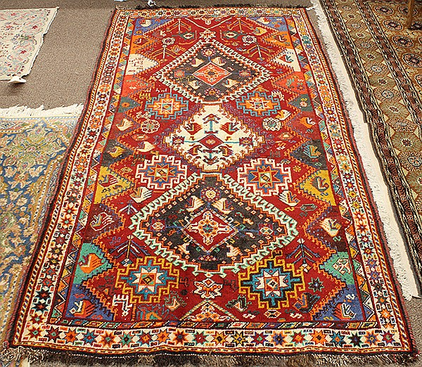 Persian Hamadan carpet, 3'9