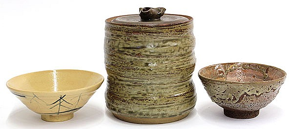 Japanese Tea Bowls: Shino and Odo-yaki and Mizusashi