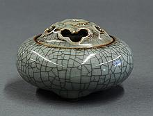 Chinese Guan-style Covered Censer