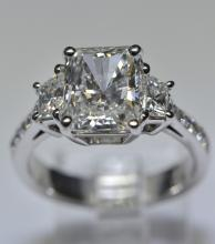2.75 CT RADIANT CUT DIAMOND RING