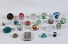 GROUP OF 20 MISCELLANEOUS GLASS PAPERWEIGHTS