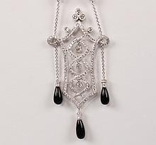 18K WHITE GOLD DIAMOND AND ONYX PENDANT NECKLACE