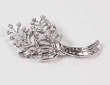 PLATINUM AND DIAMOND FLORAL SPRAY FORMED PIN