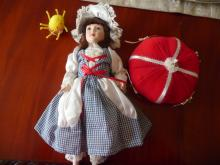 LITTLE MISS MUFFET WITH HER TUFFIT AND SPIDER PORCELAIN VINTAGE COLLECTIBLE DOLL