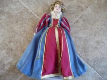 COLONIAL HERITAGE VINTAGE COLLECTIBLE PORCELAIN DOLL