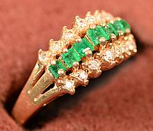 Emerald & Diamond Ring 10kt size 6