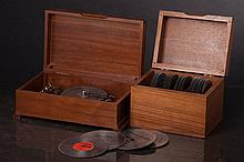 DISK MUSIC BOX WITH THIRTY SIX DISKS