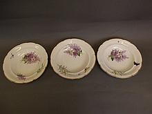 A set of three C19th Capodimonte pottery dishes