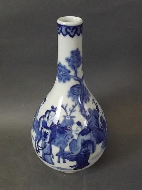 A blue and white Chinese vase with painted