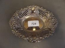 A Hallmarked silver ornate pierced dish, 6'' x 5'', 80g