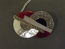 A 925 Art Deco French silver brooch set with