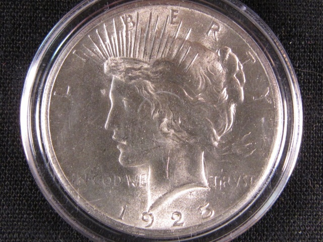 1925 Peace Silver Dollar - GEM BU