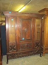 19thC Dutch Oak Wardrobe/Cabinet