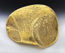 Lorenzo Guerrini 18K yellow gold brooch