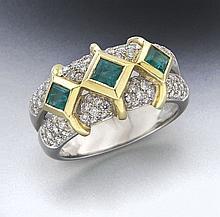 Carelle platinum, 18K, diamond and emerald ring