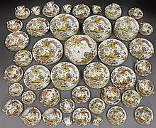 114 pcs. Royal Crown Derby Olde Avesbury porcelain